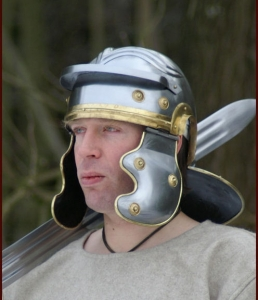 Imperial Gallic Helmet, Ancient Rome - Roman Helmets - Roman helmet made of iron burnished handmade, has lowered the neck roll to protect the neck and shoulders, while the parafronte the paraguance and earmuffs have special brass-plated metal.