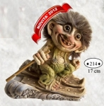 NyForm Troll - NyForm Troll (small) - Troll unbreakable natural material (lattex). Original Norwegian. Dimensions: 17 cm. The original.