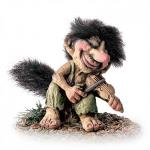NyForm Troll - NyForm Troll (medium) - Norwegian Troll natural material, subject to international collection. Height: 15 cm