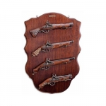 Medieval - Firearms - Flintlock pistols, Old Guns - Panel with four flintlock pistols, it holds the not fireable reproduction of four flintlock pistols, size 73 X 50 cms.