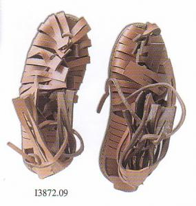 Caligae, Boots III century BC Romans, Medieval - Medieval Clothing - Leather sandals shod by the Roman legionaries certainly until the end of the second century AD