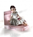 Sibania Porcelain Figurines - Sibania Porcelain Figurines - New - Girl porcelain figurine, Porcelain sculpture depicting a young girl, Amelia, height 8.27 in (21 cm), Wonderful porcelain sculpture, entirely handmade in Italy.
