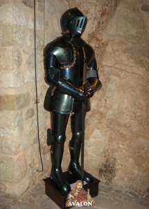 Medieval Armor, Armours - Medieval Armour - Medieval armor worn blued, reproduction of a fifteenth-century armor. Made of steel and handmade.