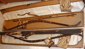 Bow of Legolas, Medieval - Arcs and Crossbows - Arcs - Legolas carried with him a dark wood bow