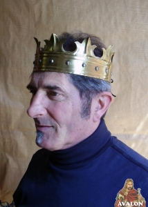 Medieval Crown, Medieval - Medieval Objects - Medieval Objects - Reproduction of a Medieval crown, wearable, entirely made of brass, handmade.