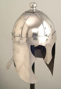 King Arthur's helmet, Armours - Medieval Helmets - Wearable steel helmet, worked entirely by hand, used in re-enactments to protect the head, file size: 33 x 23 cm