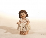 Sibania Porcelain Figurines - Girl porcelain figurine, Porcelain sculpture depicting a young girl, Lia, height 7,5cm (2.95 in), Wonderful porcelain sculpture, entirely handmade in Italy.