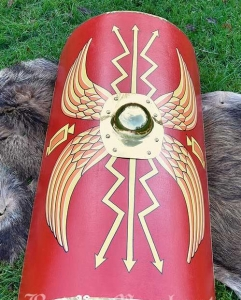 Great Roman Scutum, Ancient Rome - Roman Shields - Roman shield made of wood and brass, rectangular introduced from the first century AD and used until the third century, dimensions: Height: 107 cm. Length: 59 cm. bending radius: approx. 23 cm.