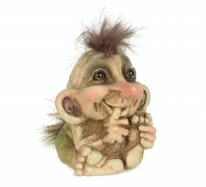 Troll Nyform 065, Troll  NyForm - Troll NyForm Piccoli - Troll infrangibile in materiale naturale (lattex). Originale norvegese. Dimensioni: 7 cm.