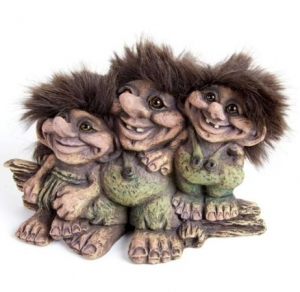 Troll Nyform 195, NyForm Troll - NyForm Troll (medium) - Norwegian Troll natural material, subject to international collection. Height: 11 cm